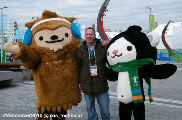 Bob Fedoruk with Quatchi and Miga (Vancouver 2010 Mascots)