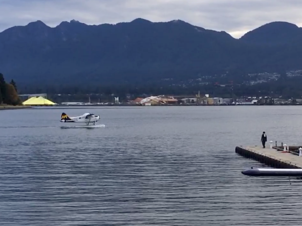 ERT Taxiing TakeOff Vancouver - AxisTech